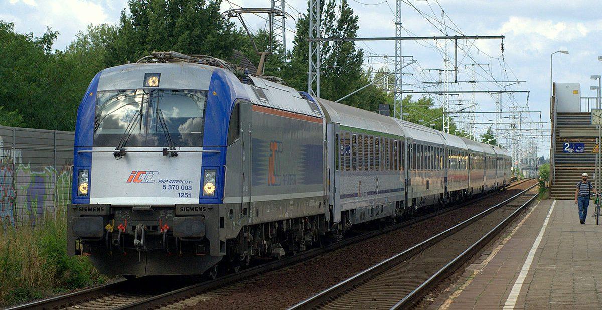 Internationale Fernzugverbindungen Nach Polen Eine
