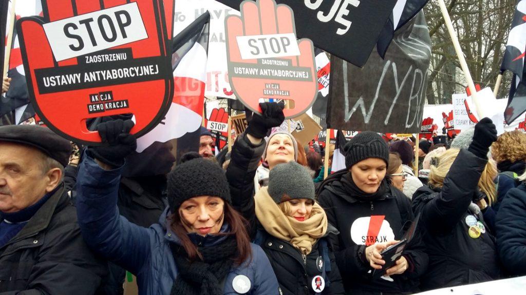 Frauenprotest gegen ein schärferes Abtreibungsrecht Foto: Jerzy Sobotta