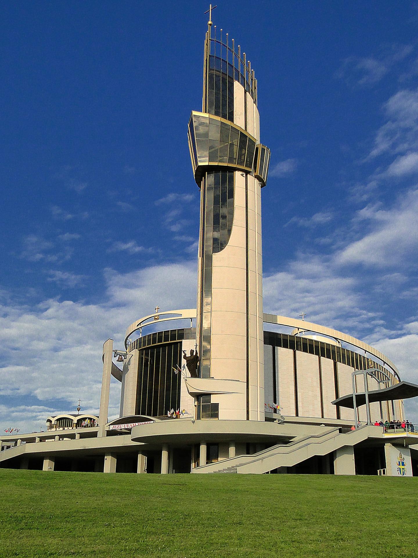 Sanktuarium Lagiewniki. Image by Dróżka from Pixabay