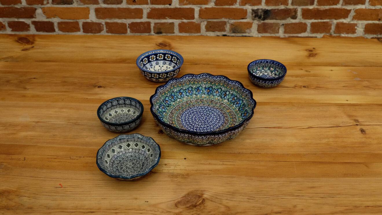 Typisch polnische Dinge II – Bunzlauer Keramik und Scherenschnitte