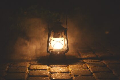 Petroleumlampe. Bild: Lukas Baumert über Pixabay